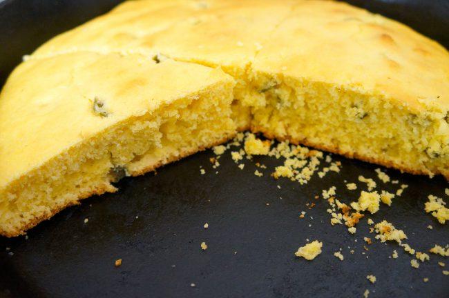 jalapeno-cornbread-skillet