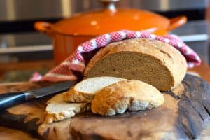 a quick no knead crusty rye bread