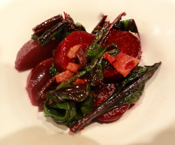 warm beet salad with bacon and goat cheese