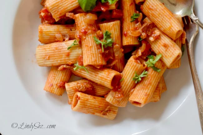 Rigatoni with Roasted Peppers, Tomatoes and Pancetta overhead shot