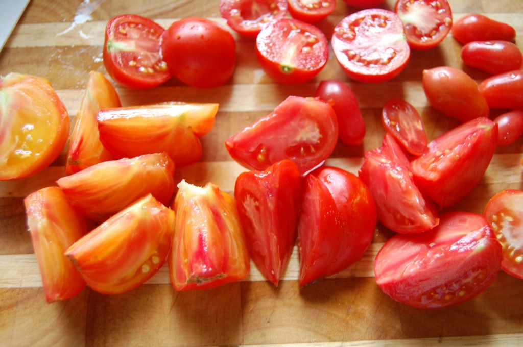 cut tomatoes for sauce
