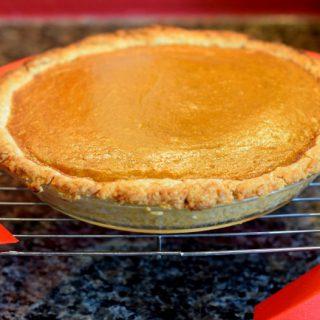 Lindy's Favorite Pie Crust in a pumpkin pie