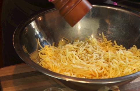 traditional swiss cheese fondu