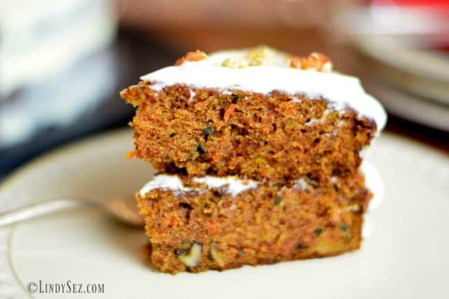 carrot cake with creamy frosting