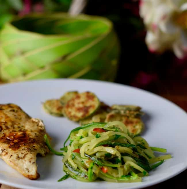 low-fat oven baked zucchini crisps