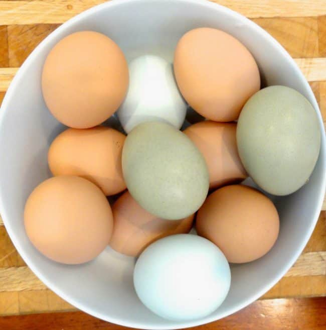 eggs to be used in the fresh apple chunk olive oil cake